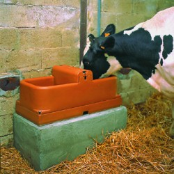 Double heated drinking trough (transformer included)